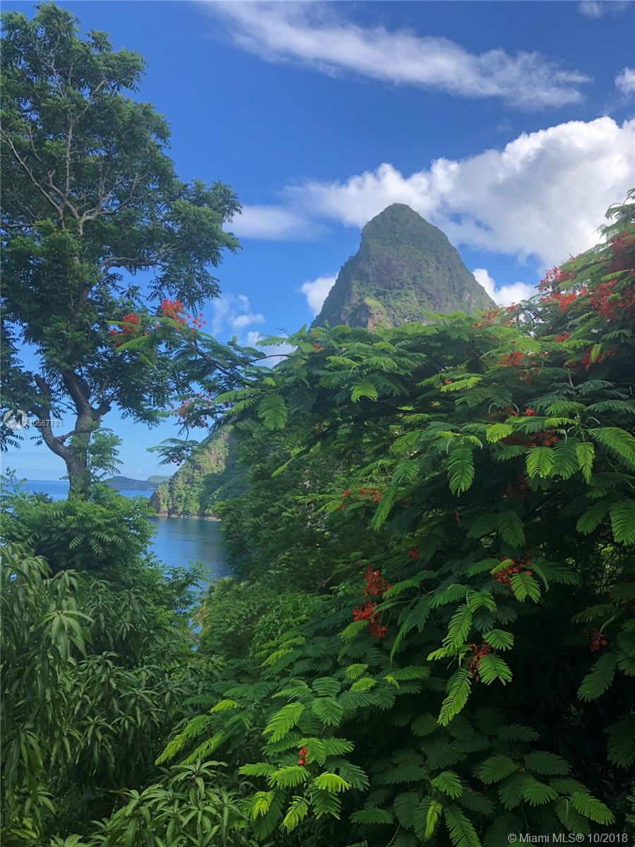ST. LUCIA . - Other City - Keys/Islands/Caribbean, Florida
