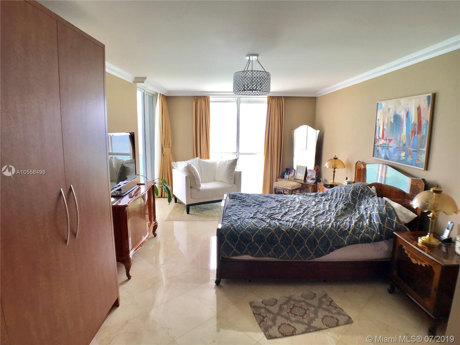 16711 Collins Ave #2508 photo011