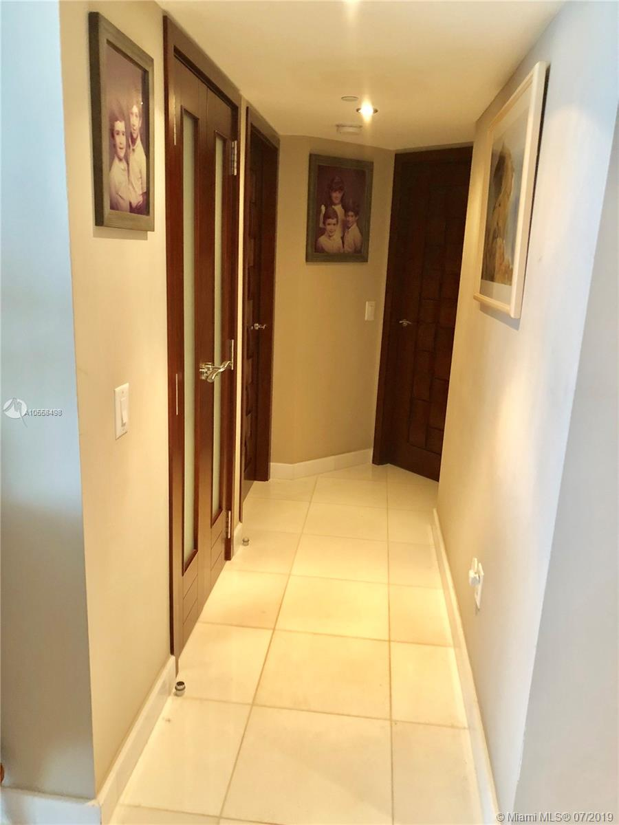 16711 Collins Ave #2508 photo025