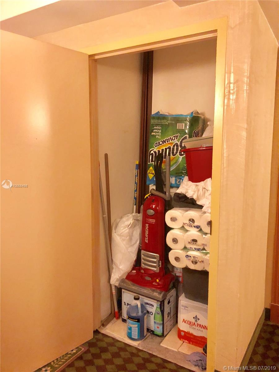 16711 Collins Ave #2508 photo028