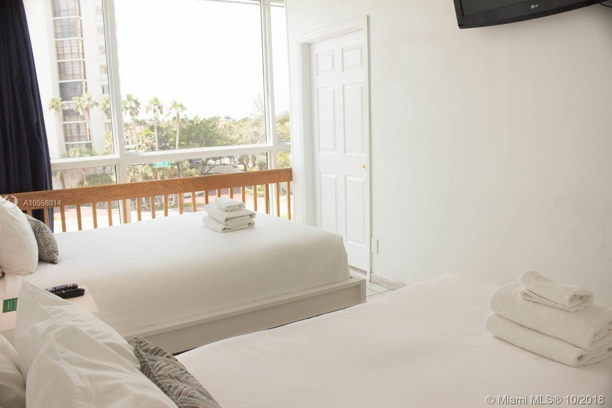 Property 5445 Collins Ave #BAY5 image 7