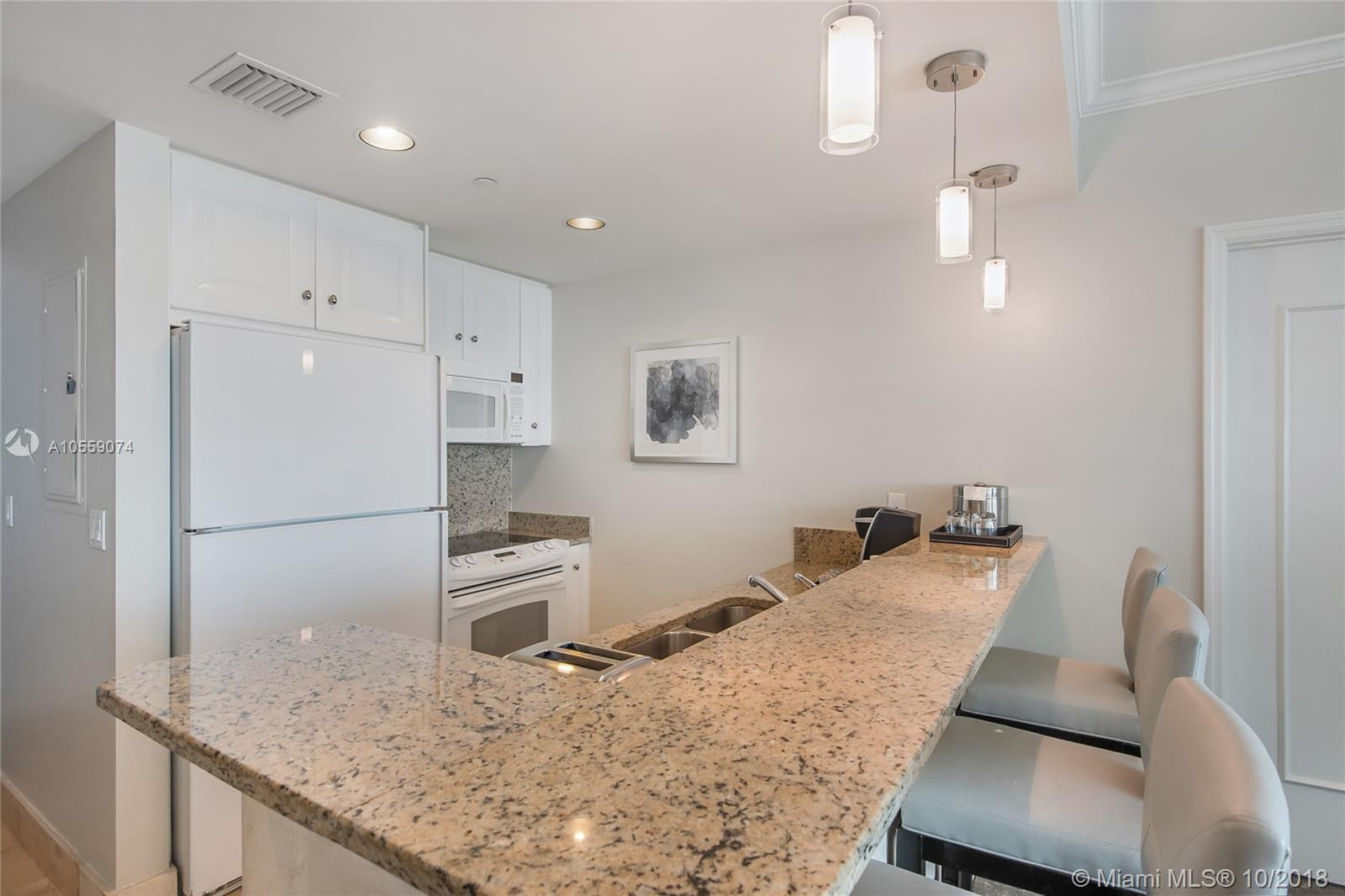 Property 4401 Collins Ave #2306 image 12