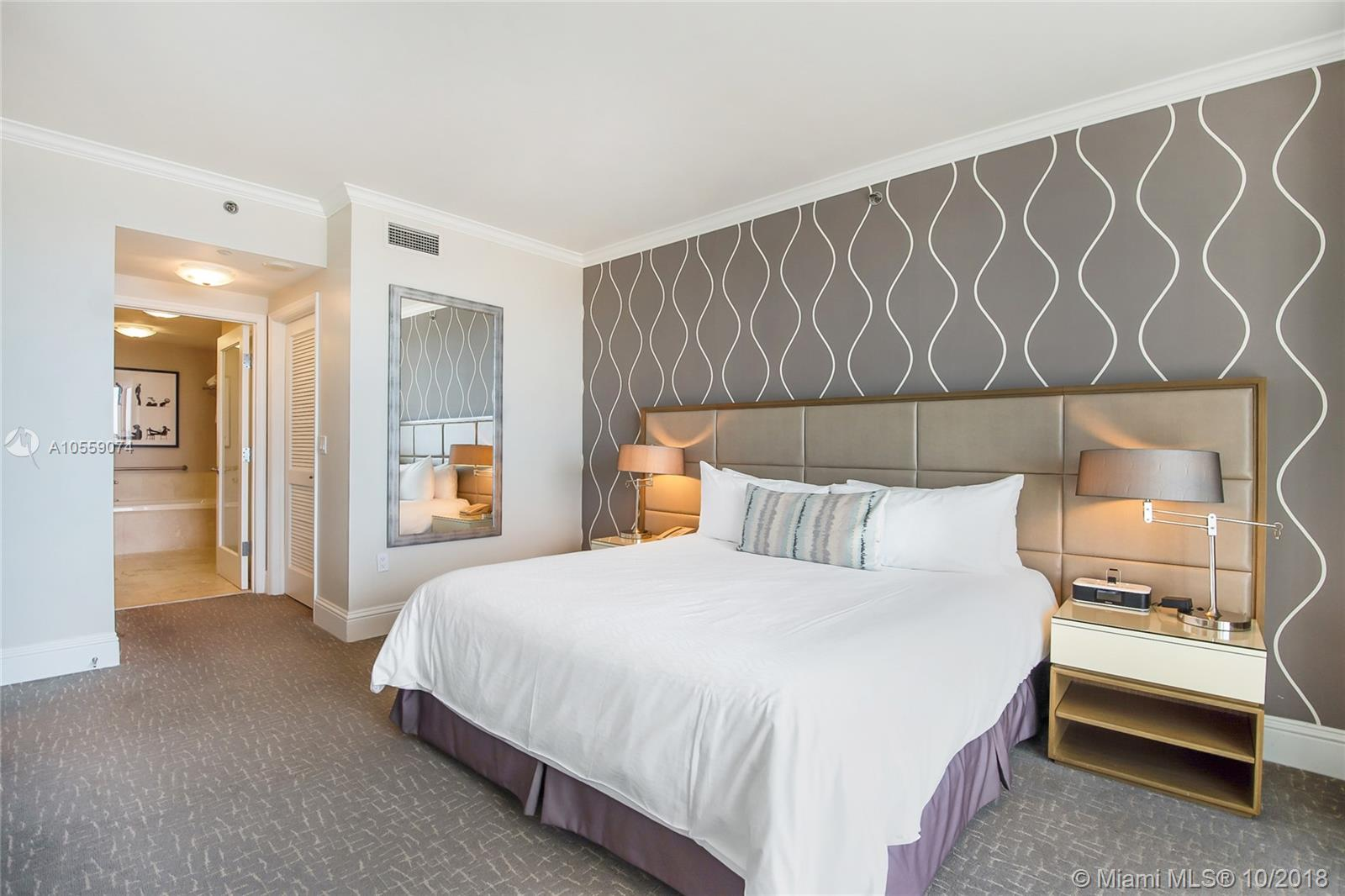 Property 4401 Collins Ave #2306 image 7