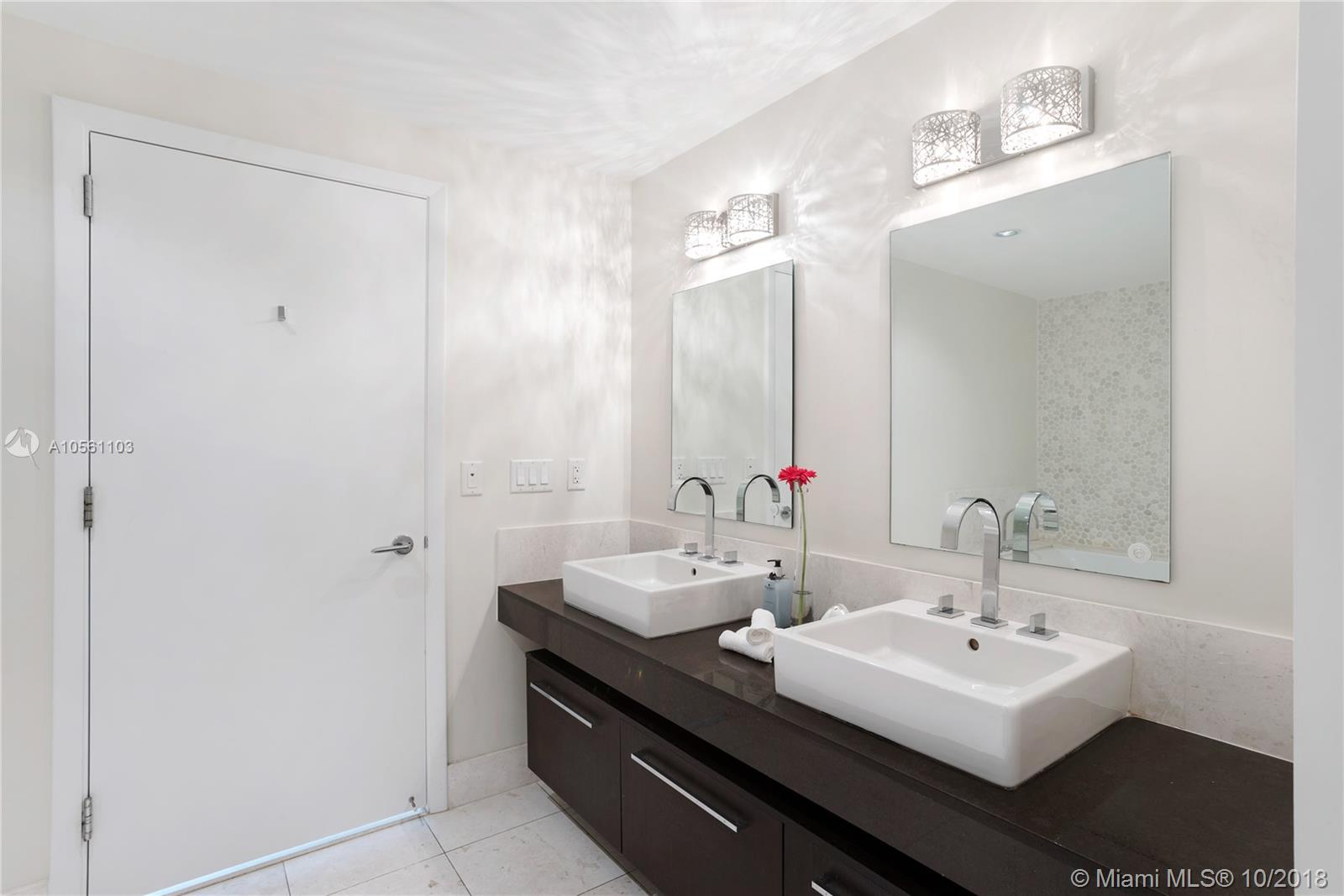 17121 Collins Ave #2703 photo012