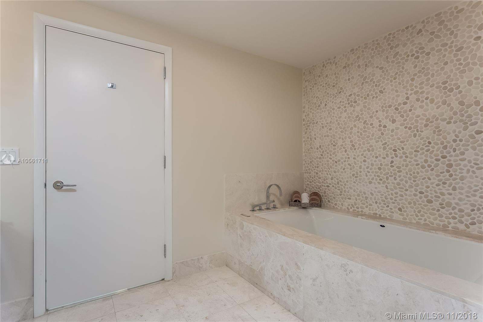 17121 Collins Ave #3806 photo011
