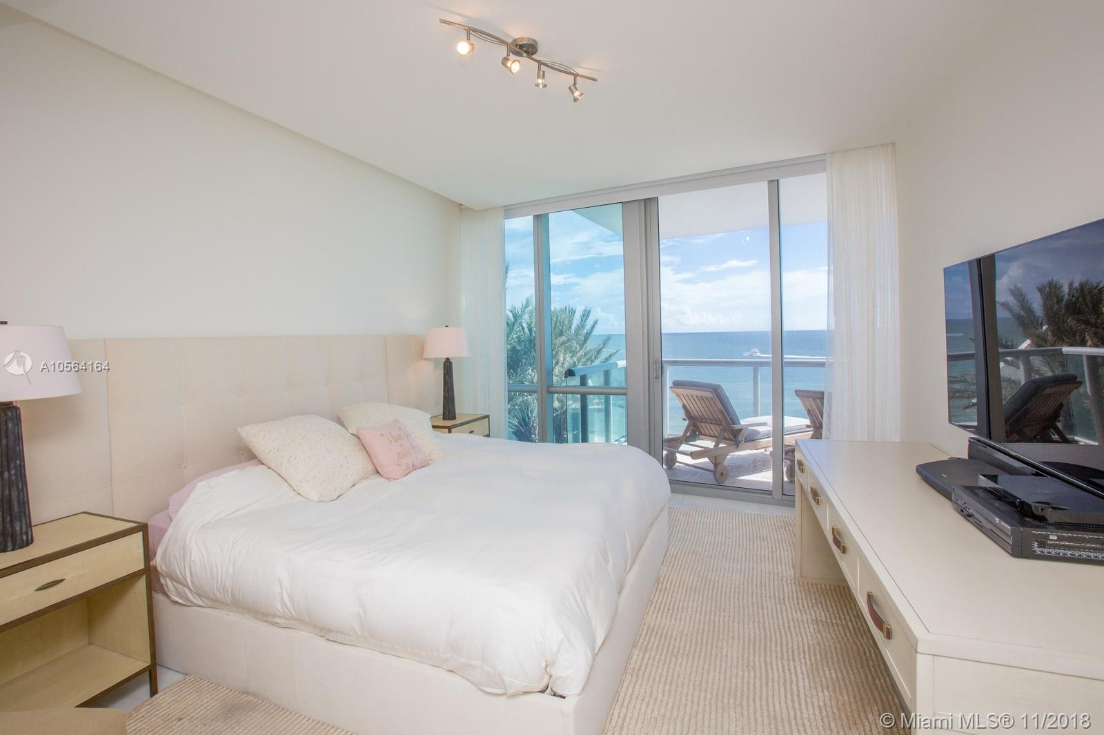 17121 COLLINS AVE #807 photo014