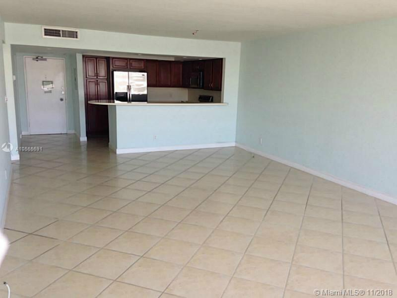 5600 Collins Ave #17E photo06