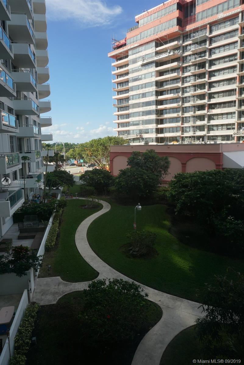 5161 Collins Ave #410 photo03