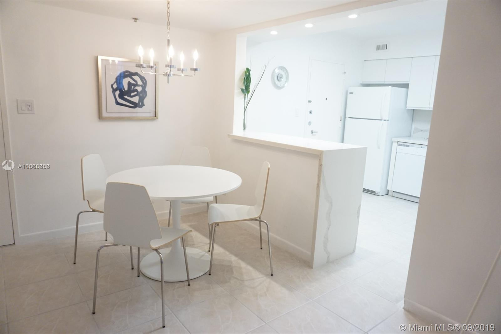5161 Collins Ave #410 photo09