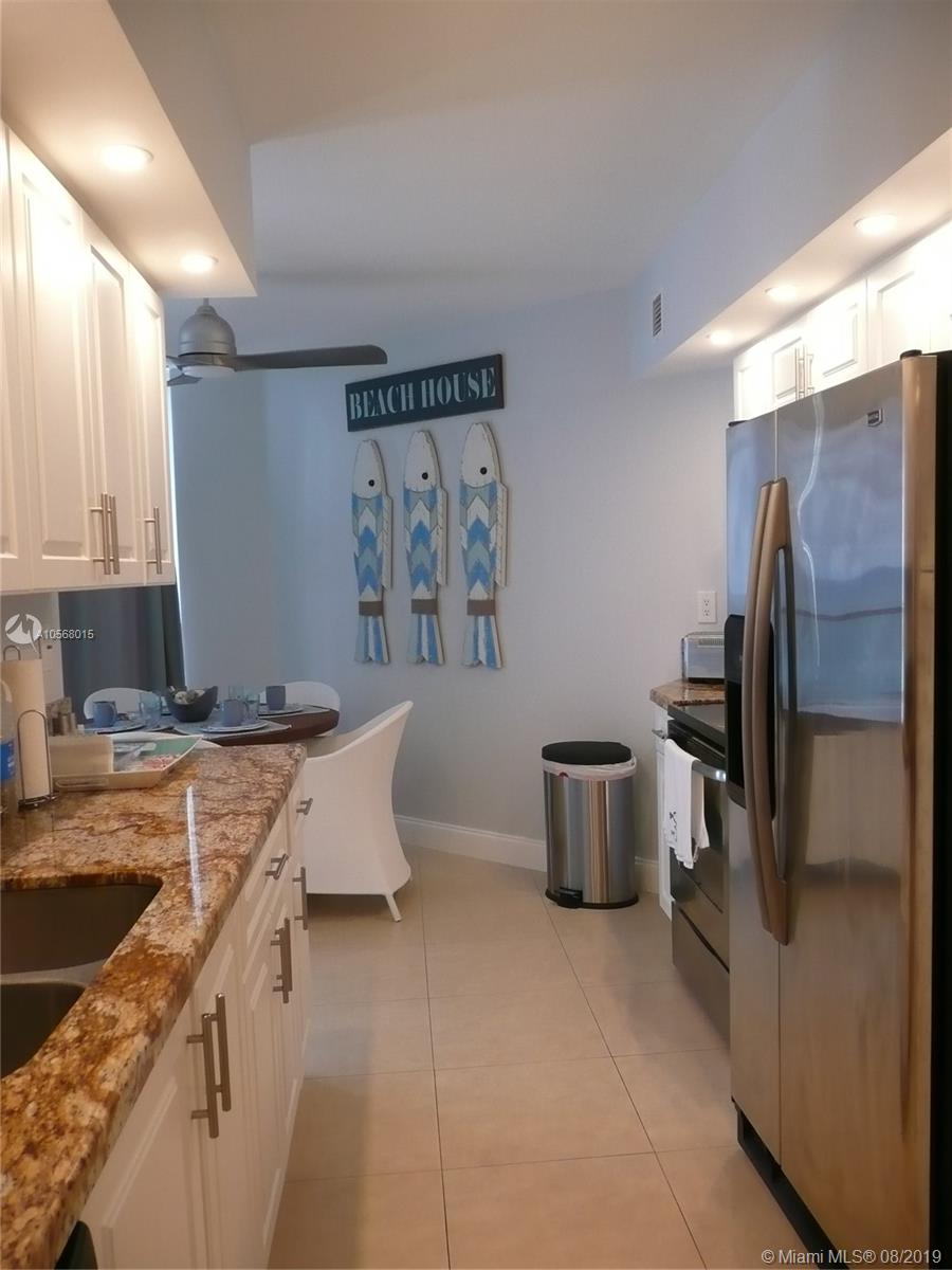 16485 Collins Ave #2332 photo016