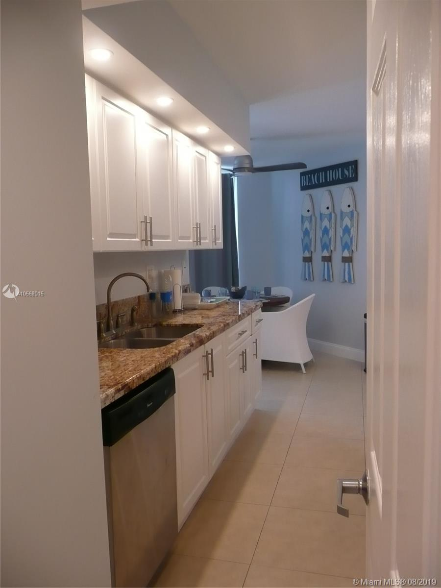 16485 Collins Ave #2332 photo017