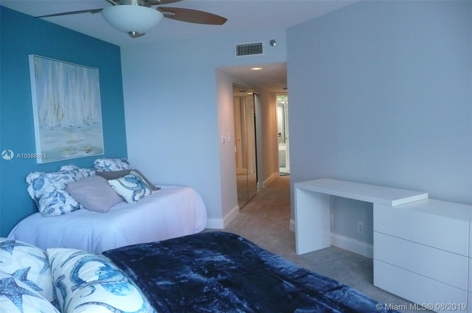 16485 Collins Ave #2332 photo022