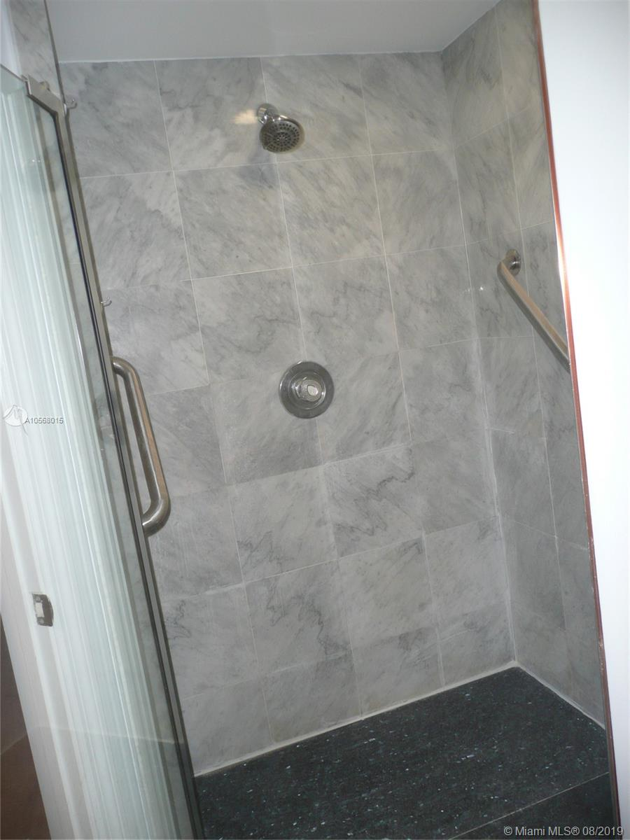 16485 Collins Ave #2332 photo028
