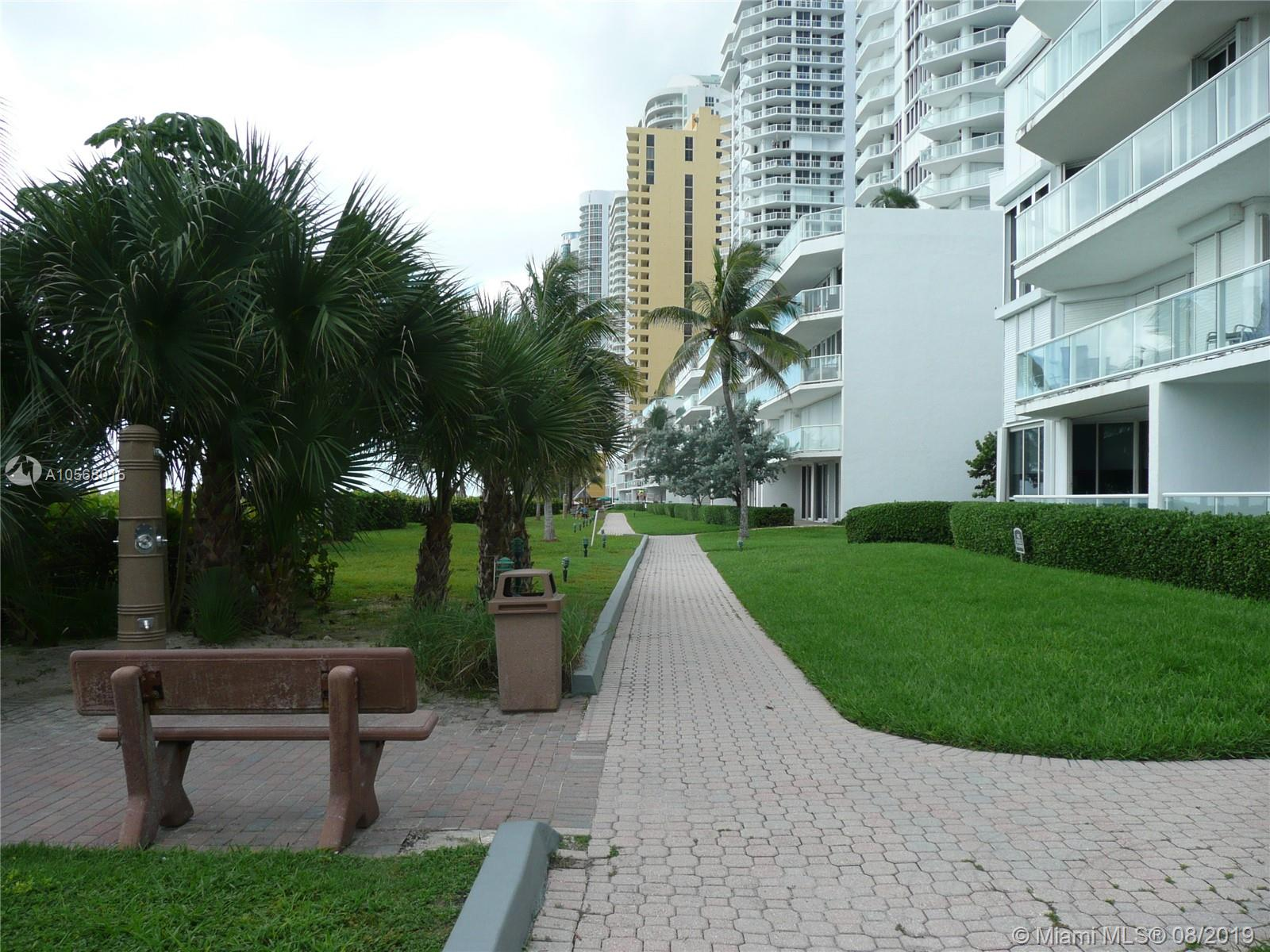 16485 Collins Ave #2332 photo042