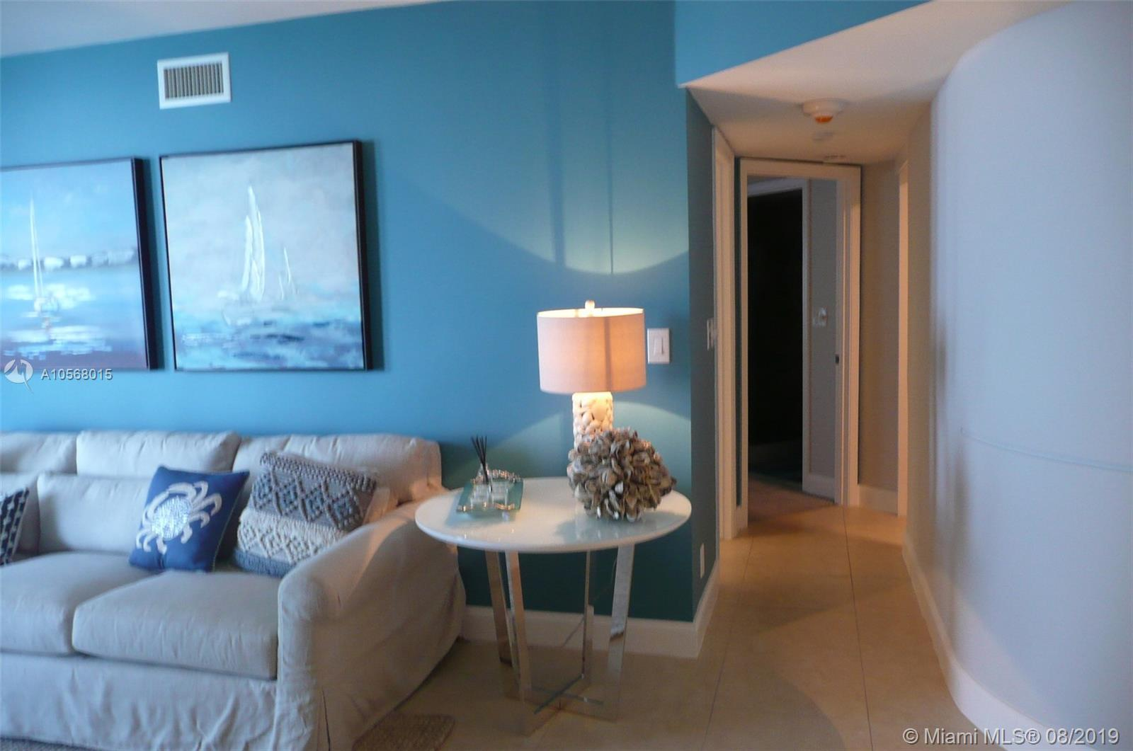 16485 Collins Ave #2332 photo06
