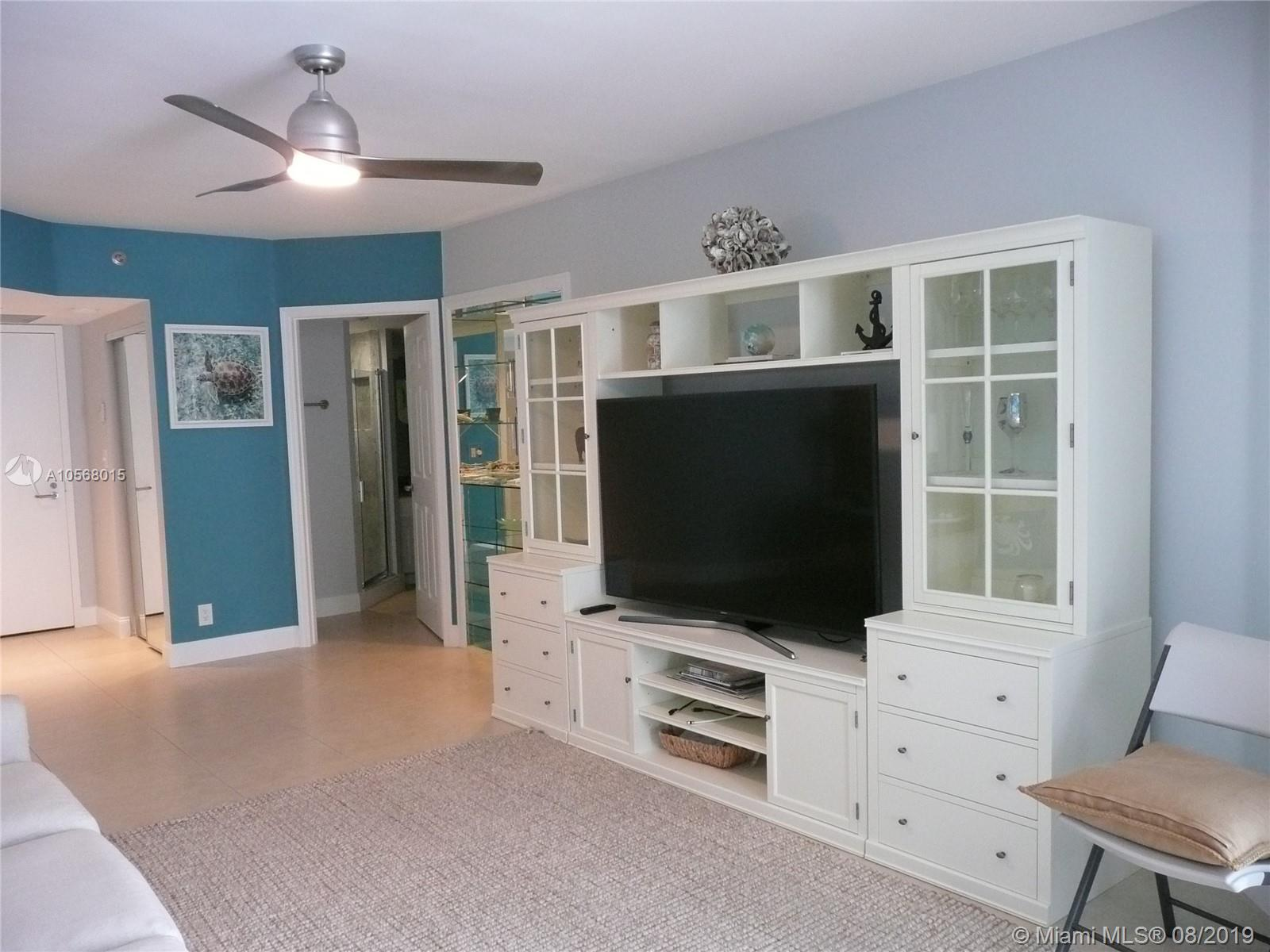 16485 Collins Ave #2332 photo08