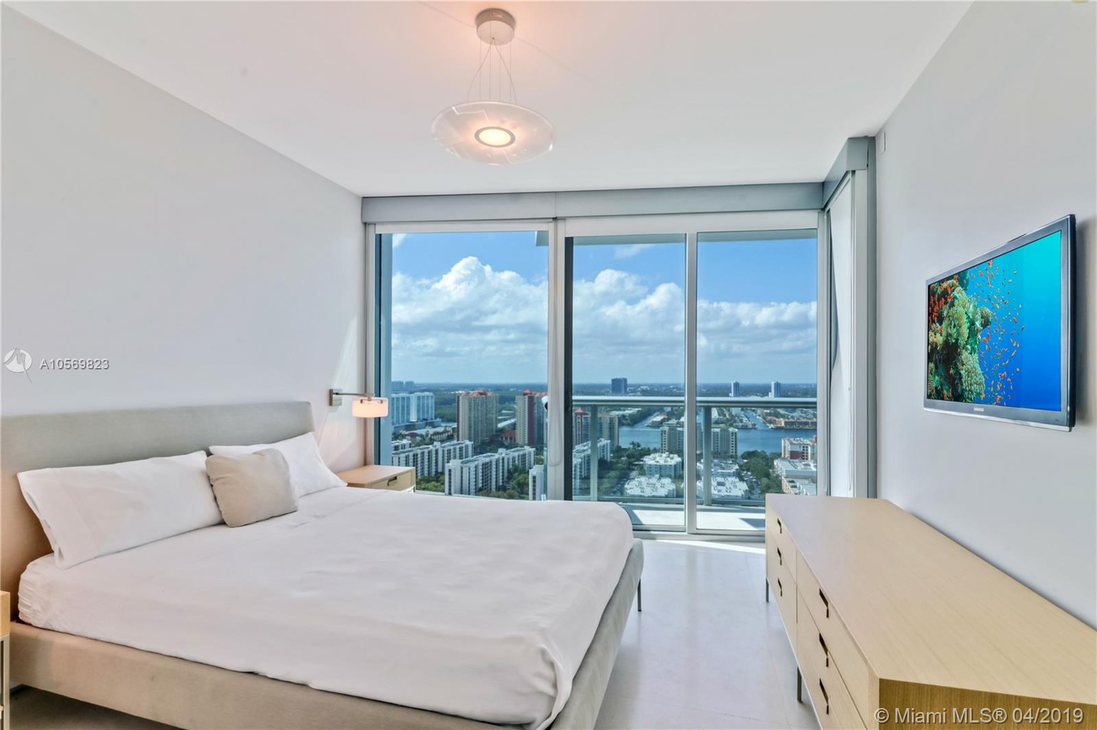 17001 Collins Ave #3108 photo07