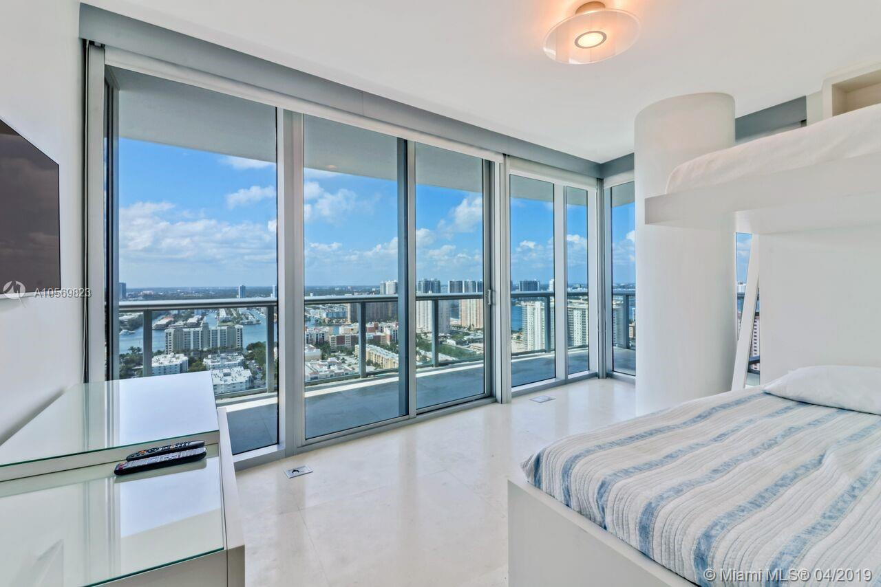 17001 Collins Ave #3108 photo08