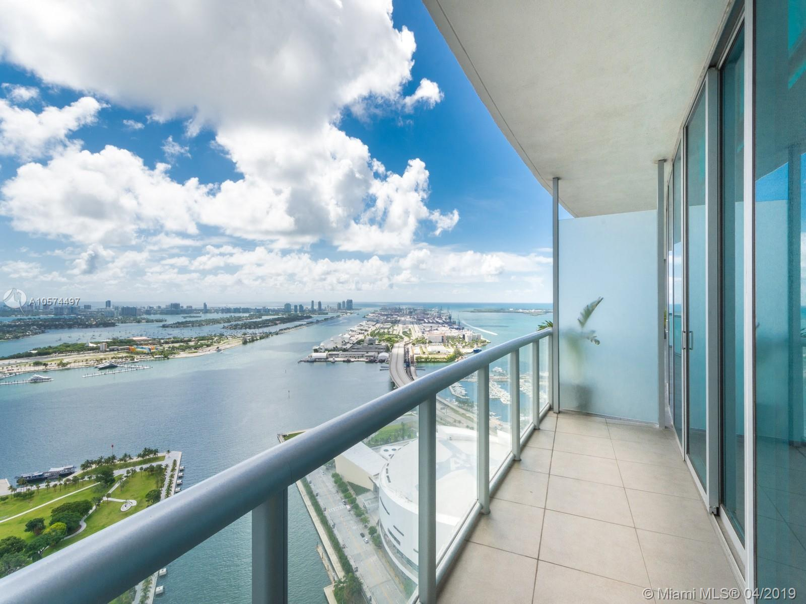 888 Biscayne Blvd #4810 photo02