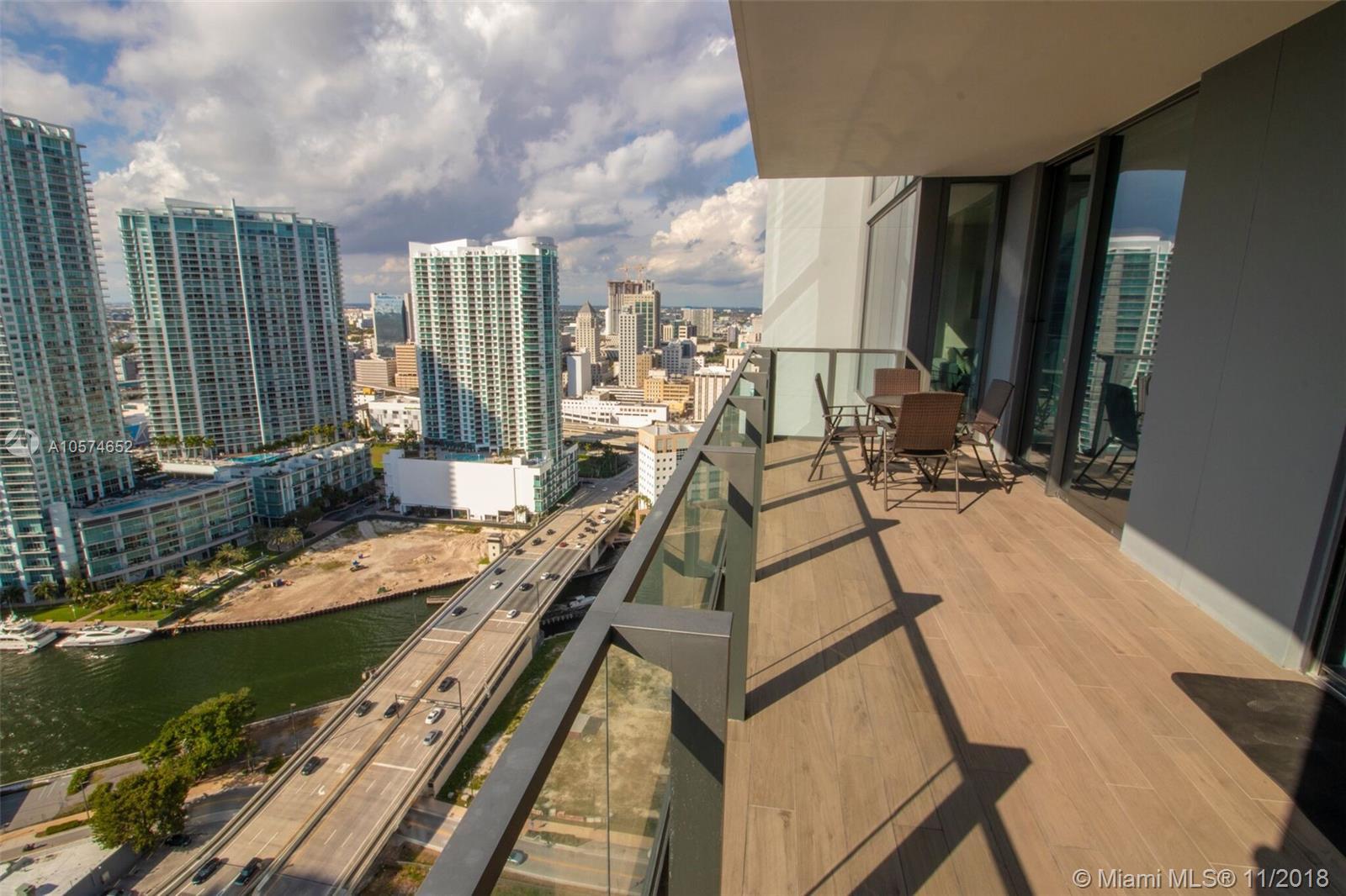 Photo - 68 SE 6th St # 2810, Miami FL 33131