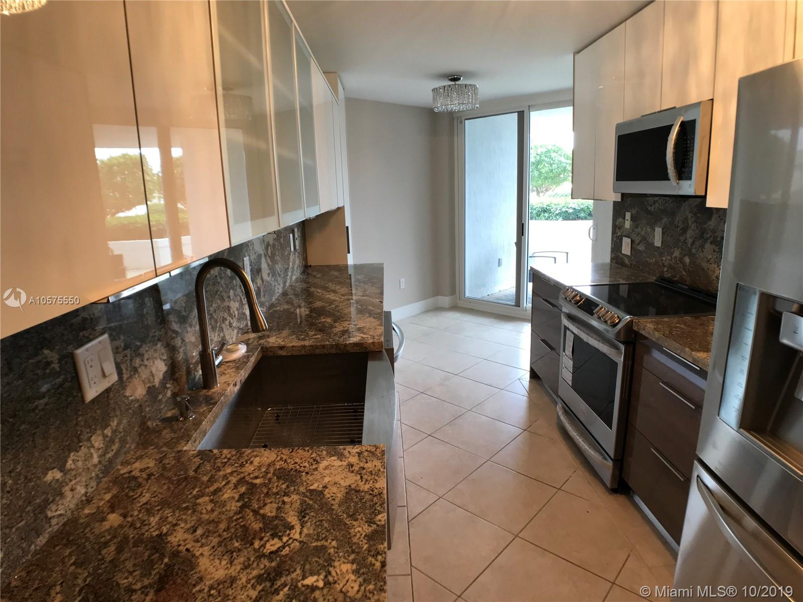 16711 Collins Ave #604 photo01