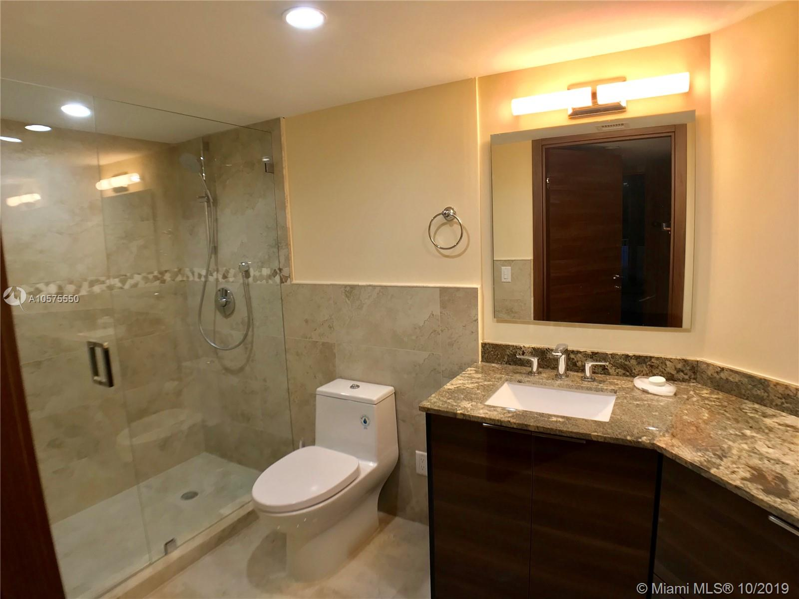 16711 Collins Ave #604 photo010