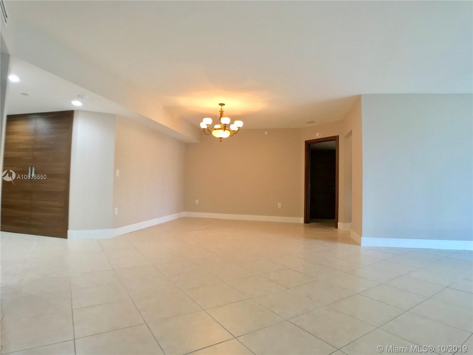 16711 Collins Ave #604 photo014