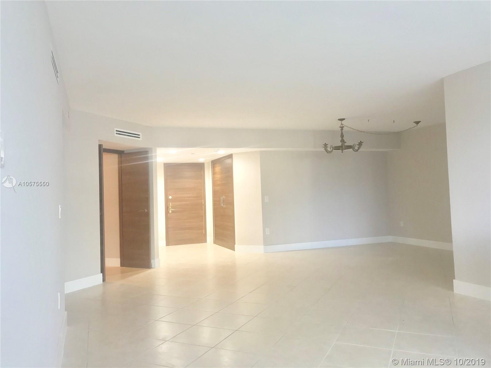 16711 Collins Ave #604 photo015