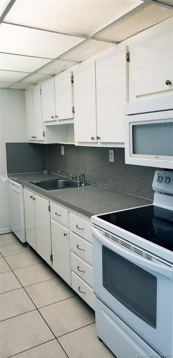 5401 Collins Ave #1116 photo04