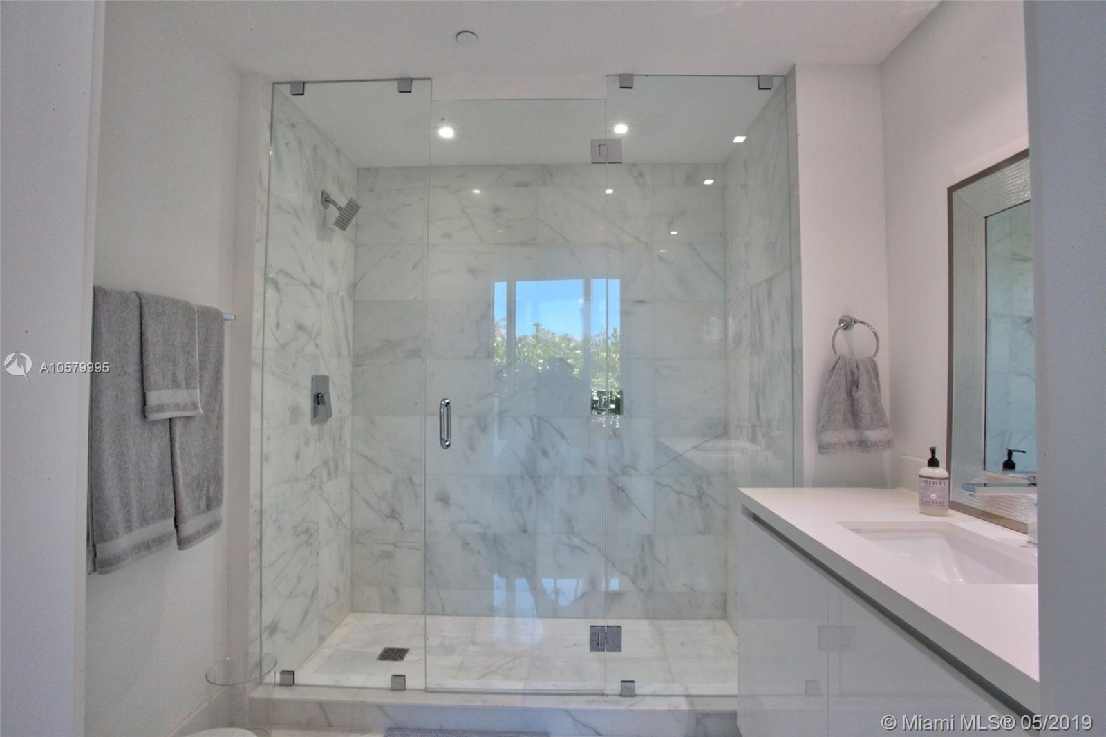1 Collins ave #109 photo09