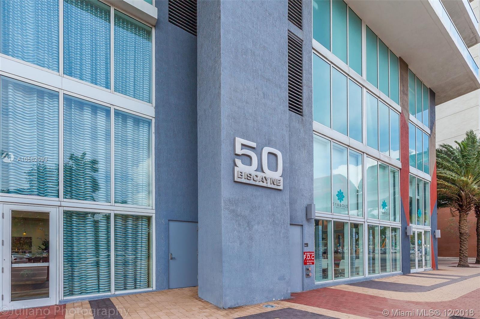 50 Biscayne Blvd #810 photo01