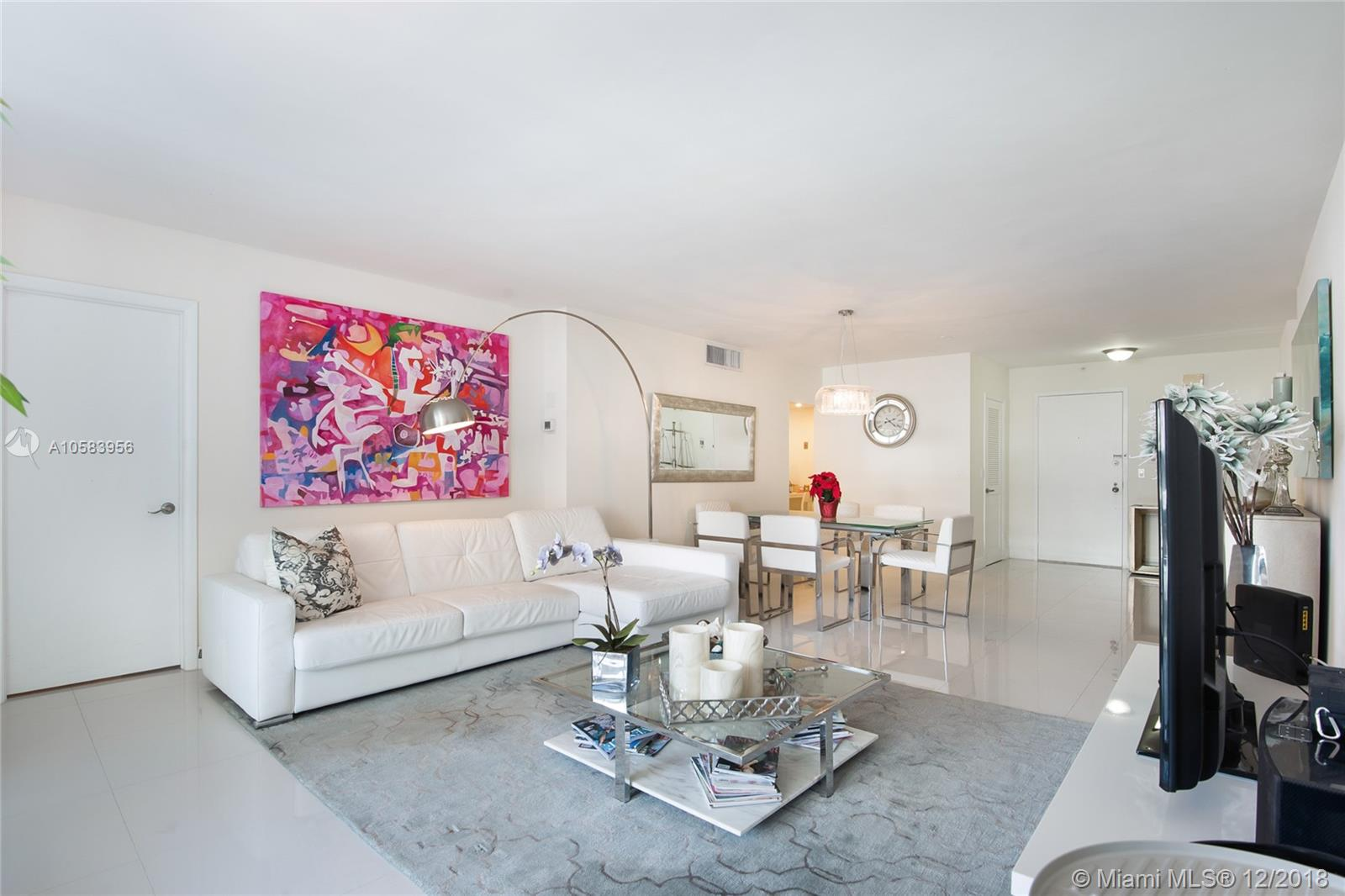 9801 Collins Ave #20V Ocean views photo01