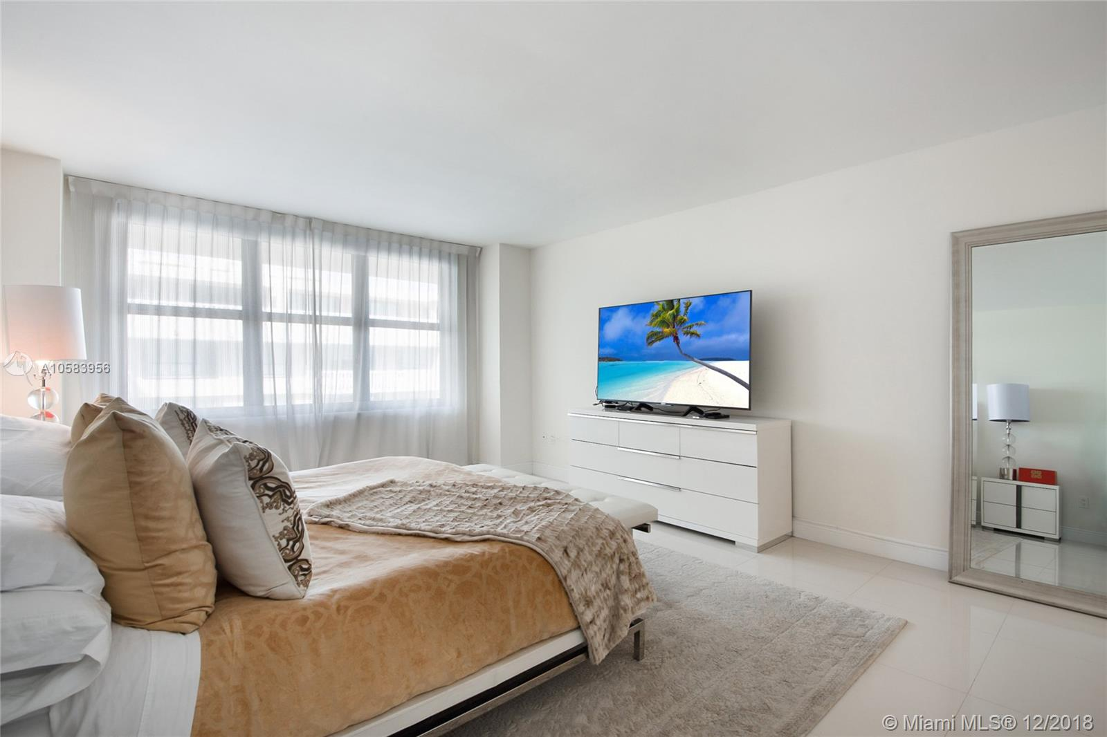 9801 Collins Ave #20V Ocean views photo09