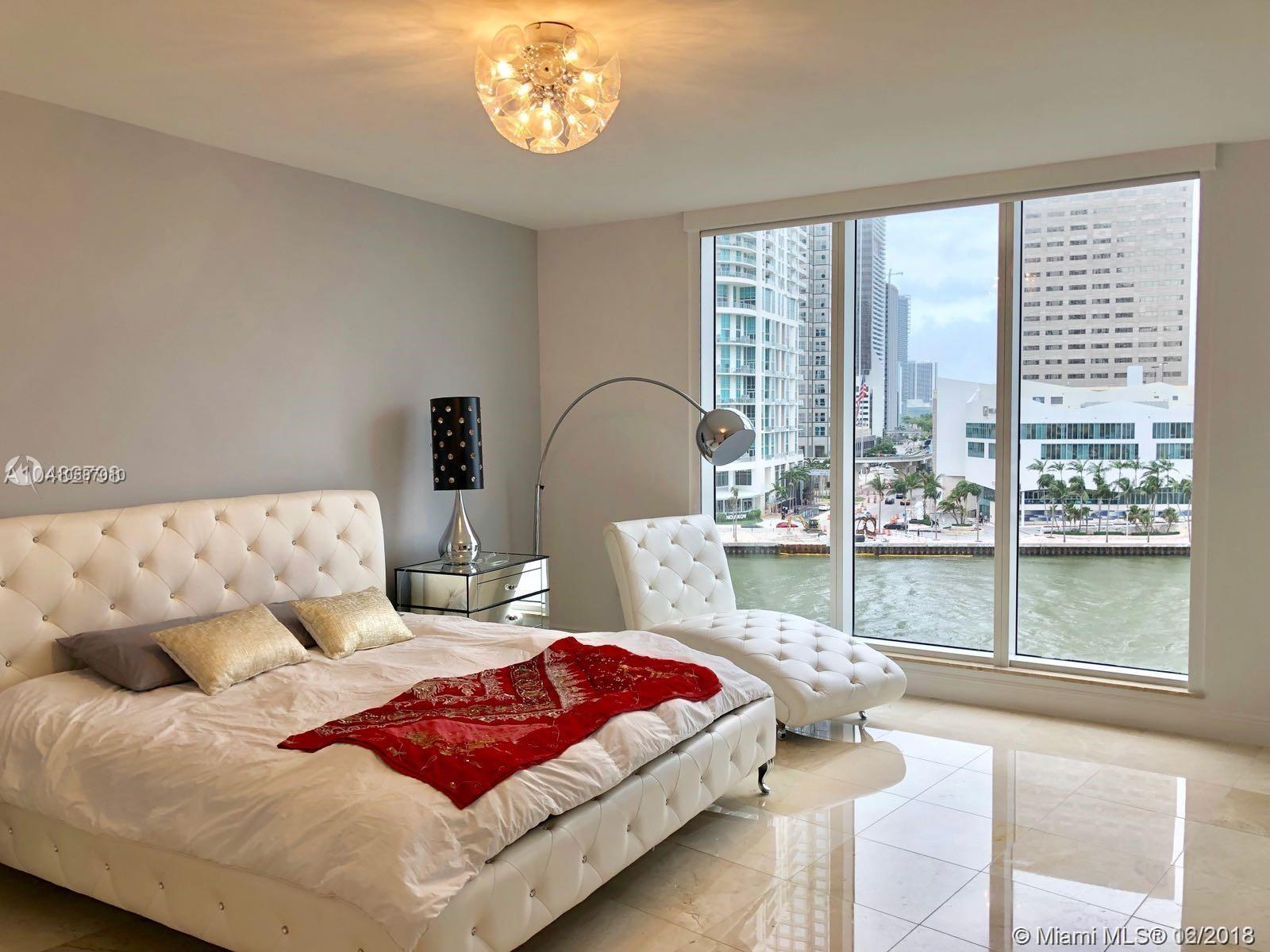 901 Brickell Key Blvd #707 photo08