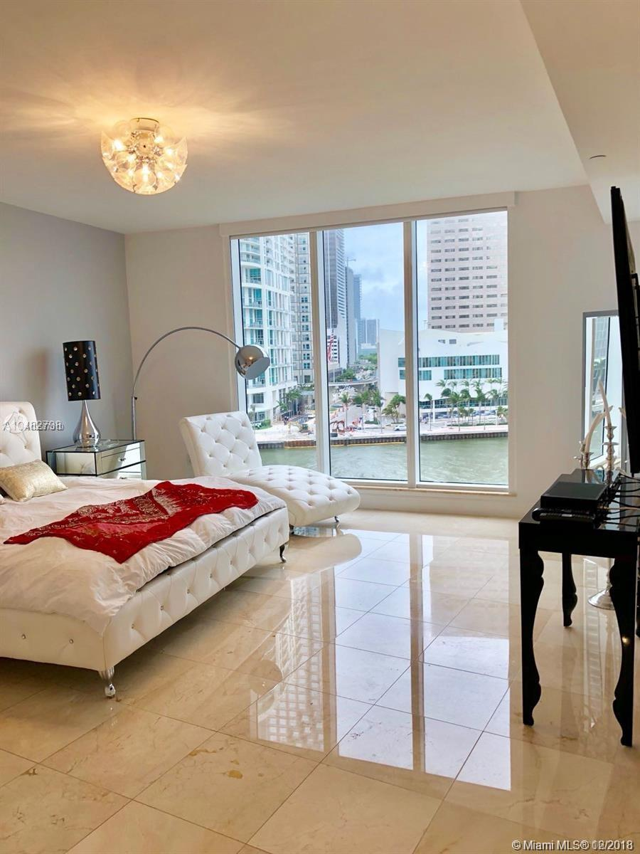 901 Brickell Key Blvd #707 photo09