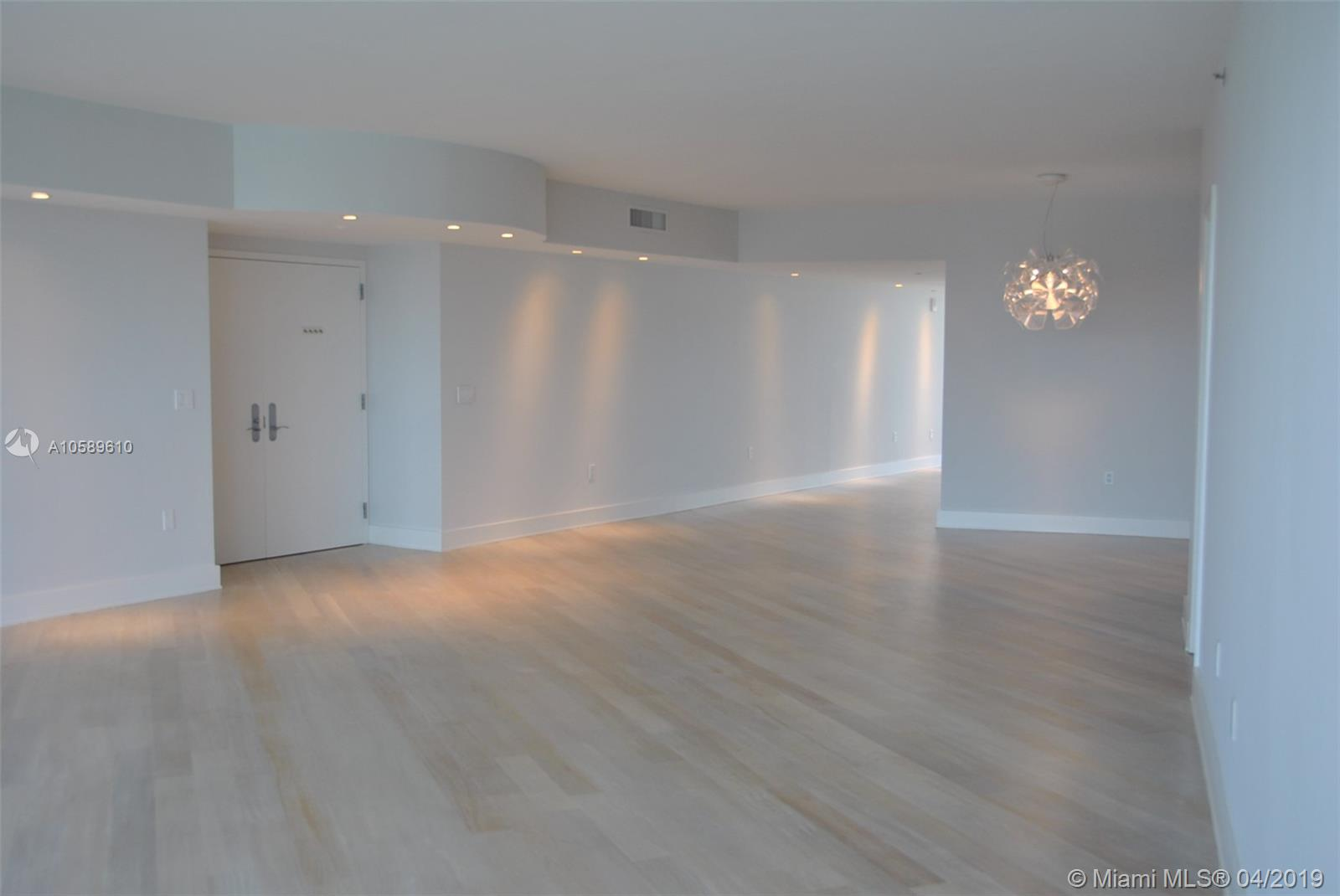 Photo of Murano Grande Apt 3203