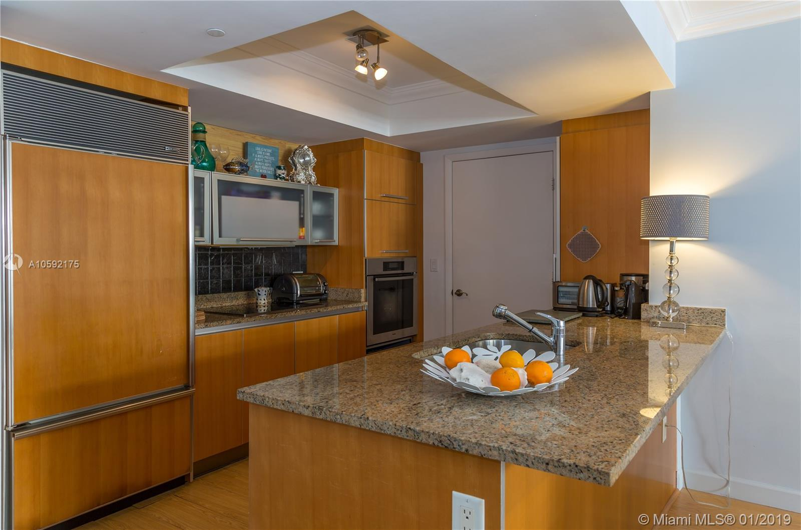 17201 Collins Ave #802 photo011
