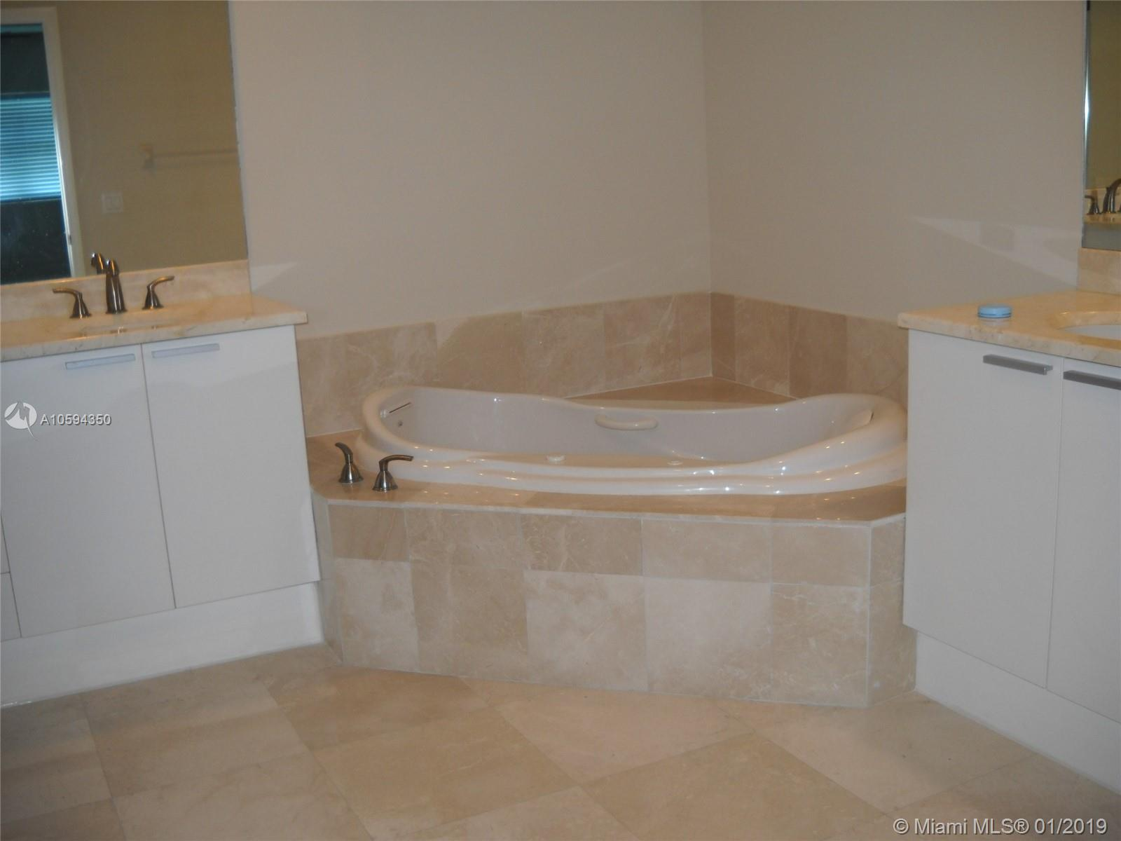 15051 Royal Oaks Ln #2002 photo010