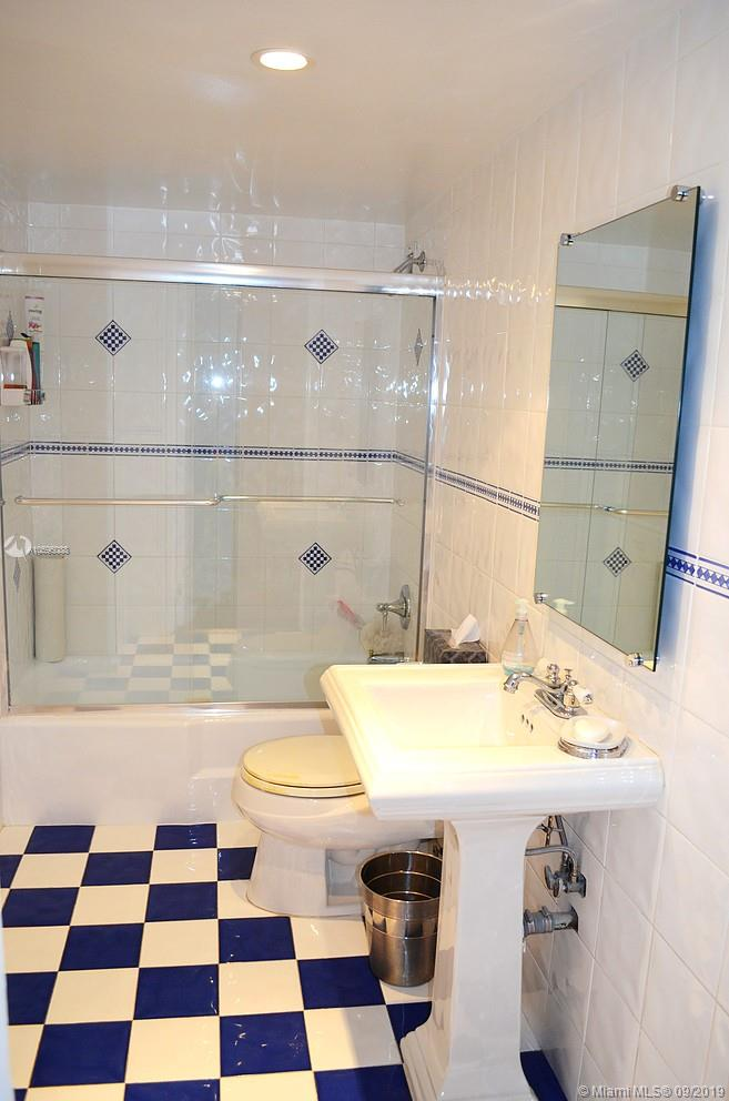 5151 Collins Ave #1023-1123 photo025