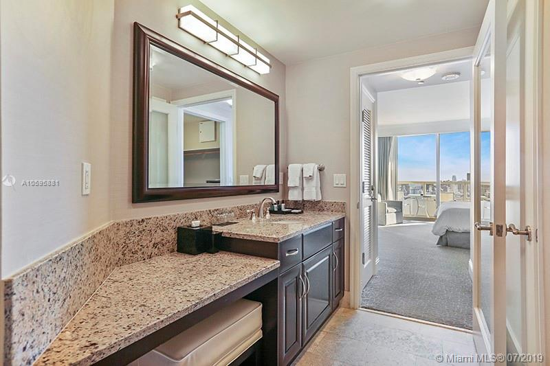 Property 4401 Collins Ave #2610-2612 image 12