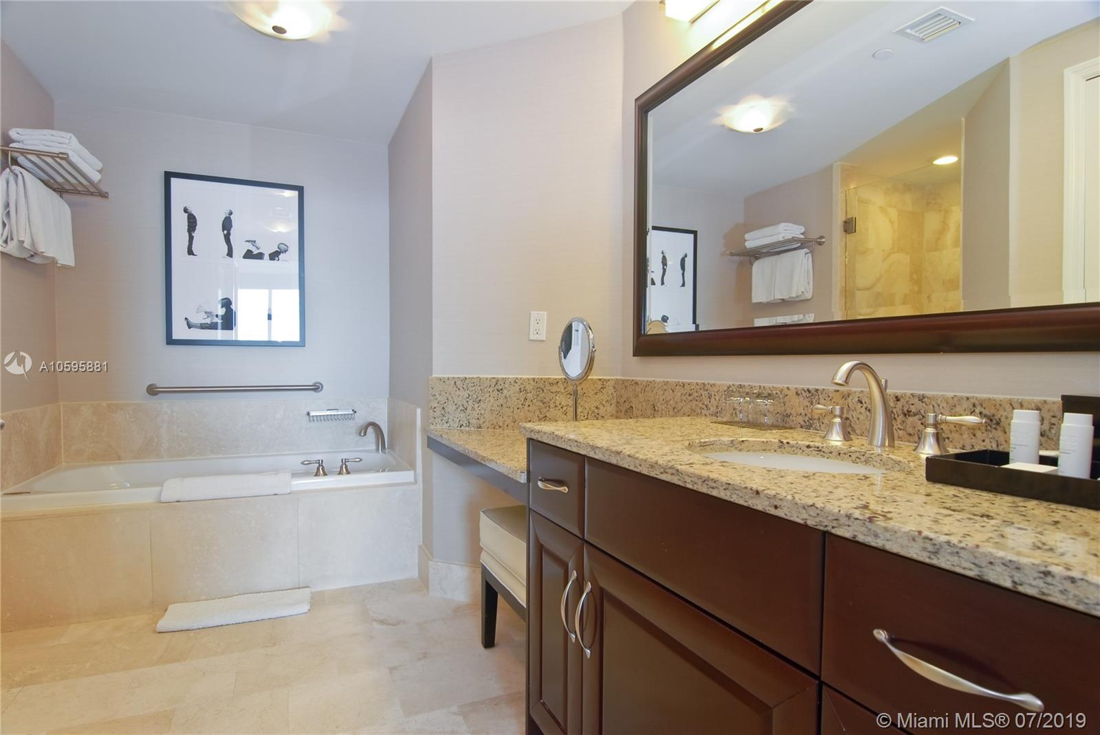 Property 4401 Collins Ave #2610-2612 image 13