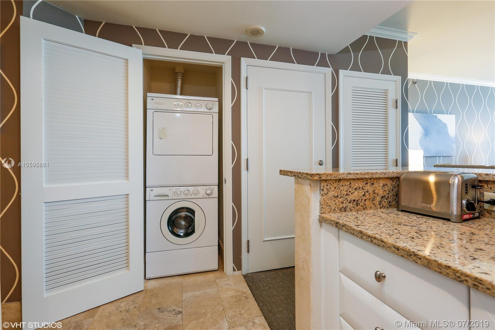 Property 4401 Collins Ave #2610-2612 image 16