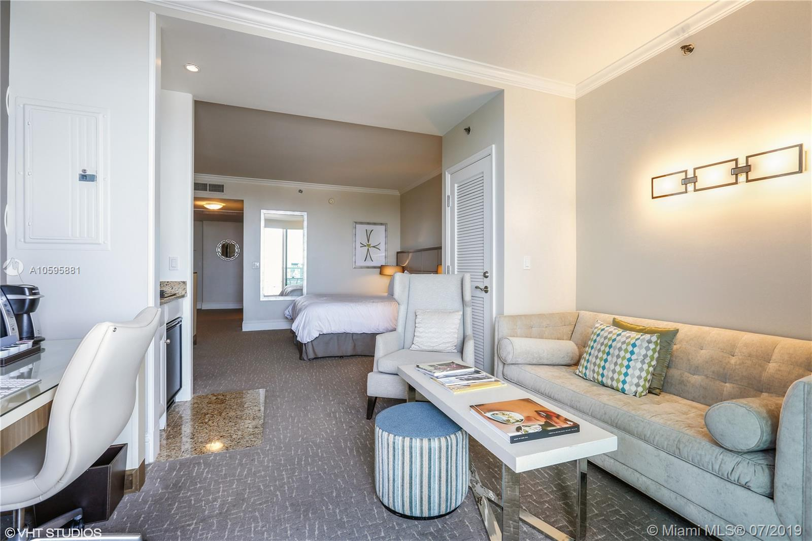 Property 4401 Collins Ave #2610-2612 image 20