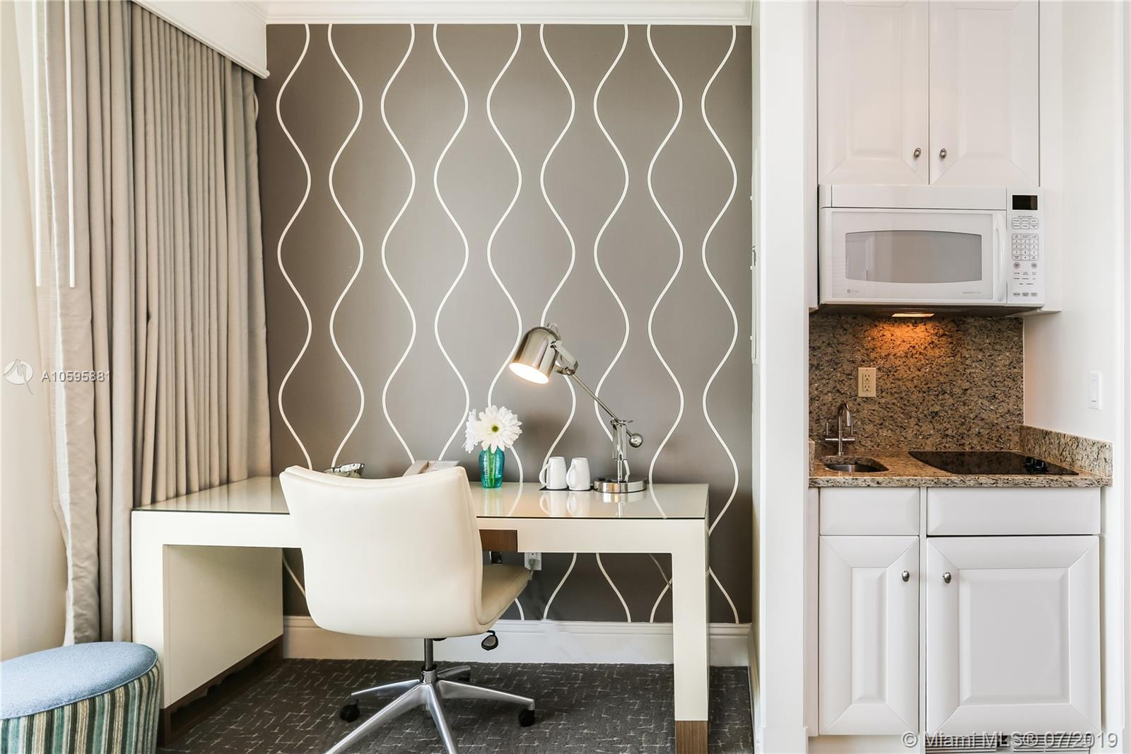 Property 4401 Collins Ave #2610-2612 image 21