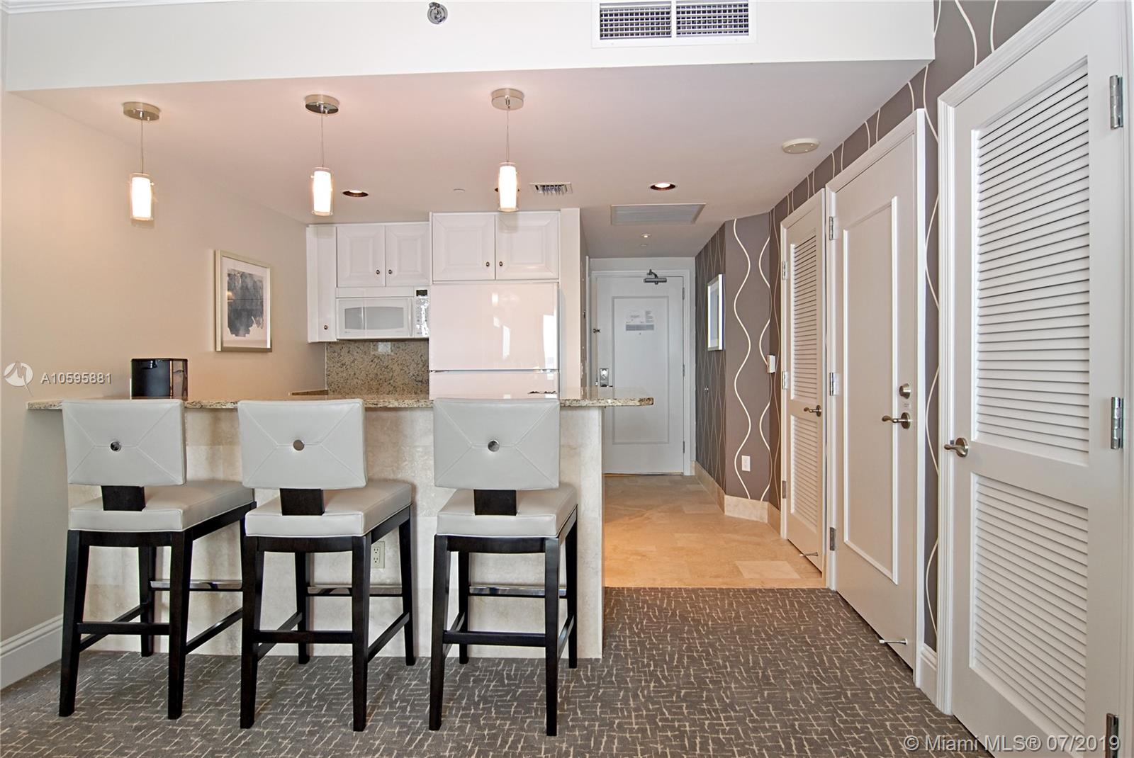 Property 4401 Collins Ave #2610-2612 image 7