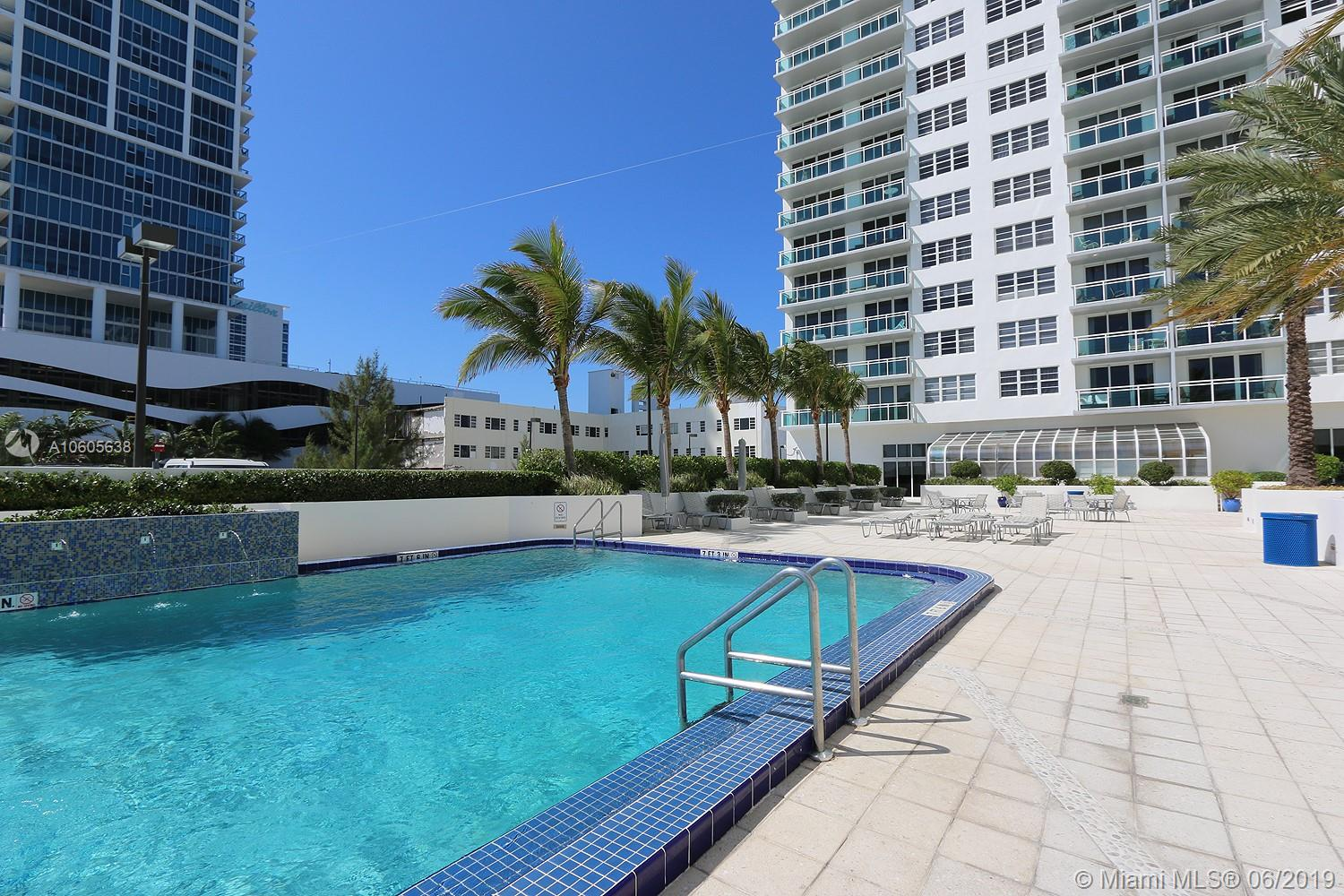 6917 Collins Ave #1010 photo04