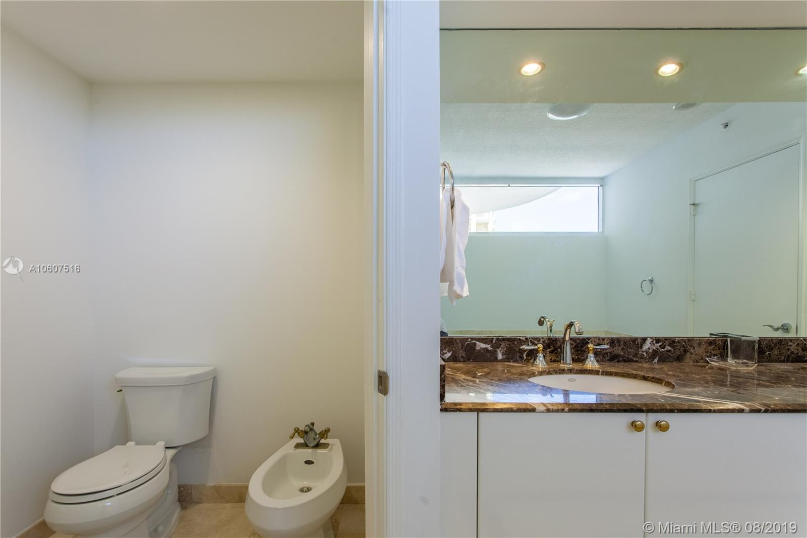 17555 Collins Ave #2406 photo016