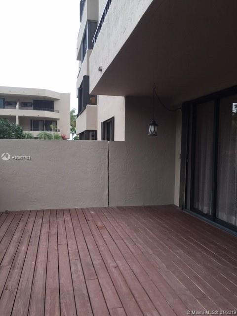 251 Crandon Blvd #141/LANAI photo020