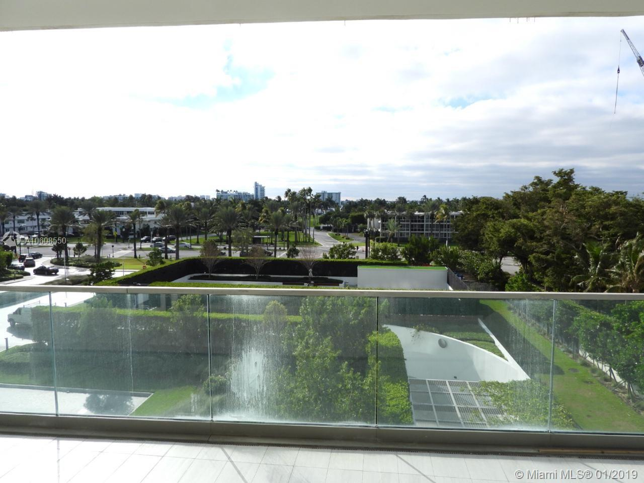 10203 Collins Ave #411 photo016