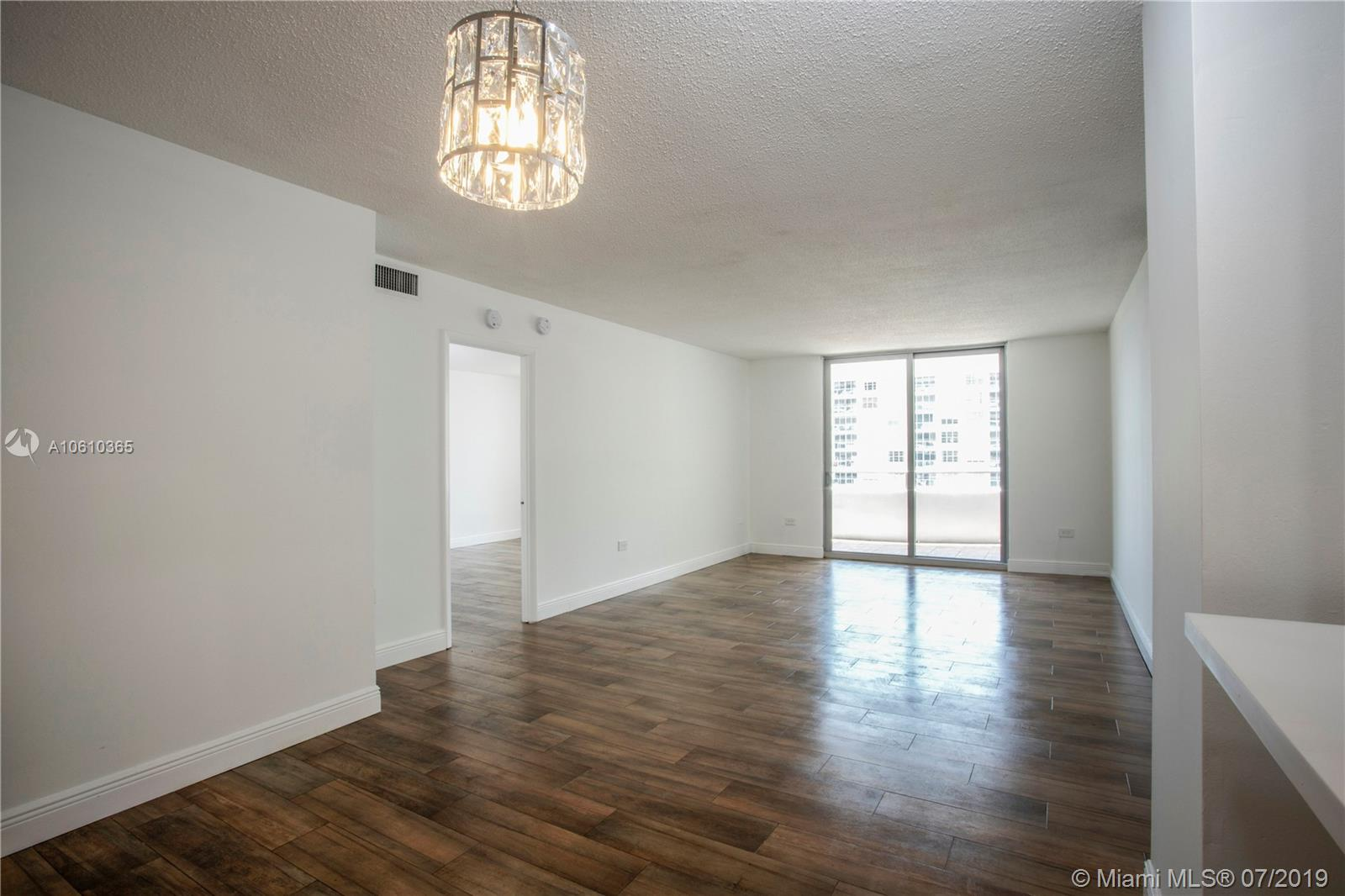5555 Collins Ave #9Z photo012